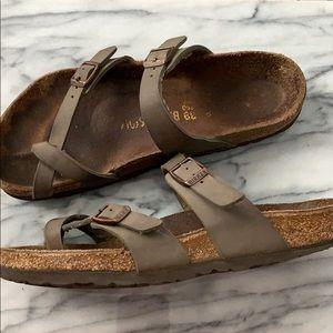 Birkenstock's mayari habana sandals